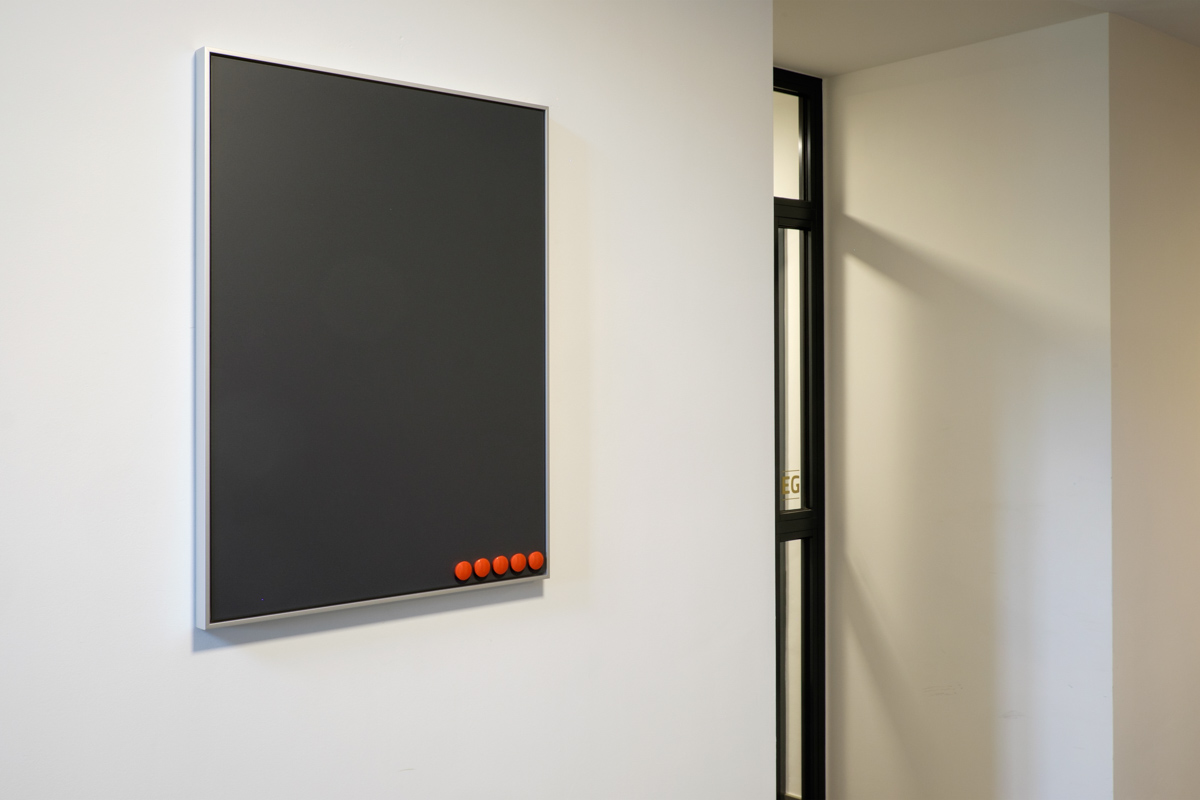 Bilder-Montage vor Ort - art+form | GALERIE RAHMUNGEN SPECIALS