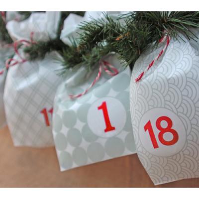 adventskalender zum bef llen 24 adventskalender t ten 5 95. Black Bedroom Furniture Sets. Home Design Ideas